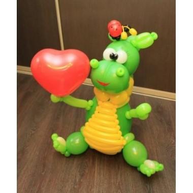 """Фигура из шаров """"Динозаврик с сердечком"""""""